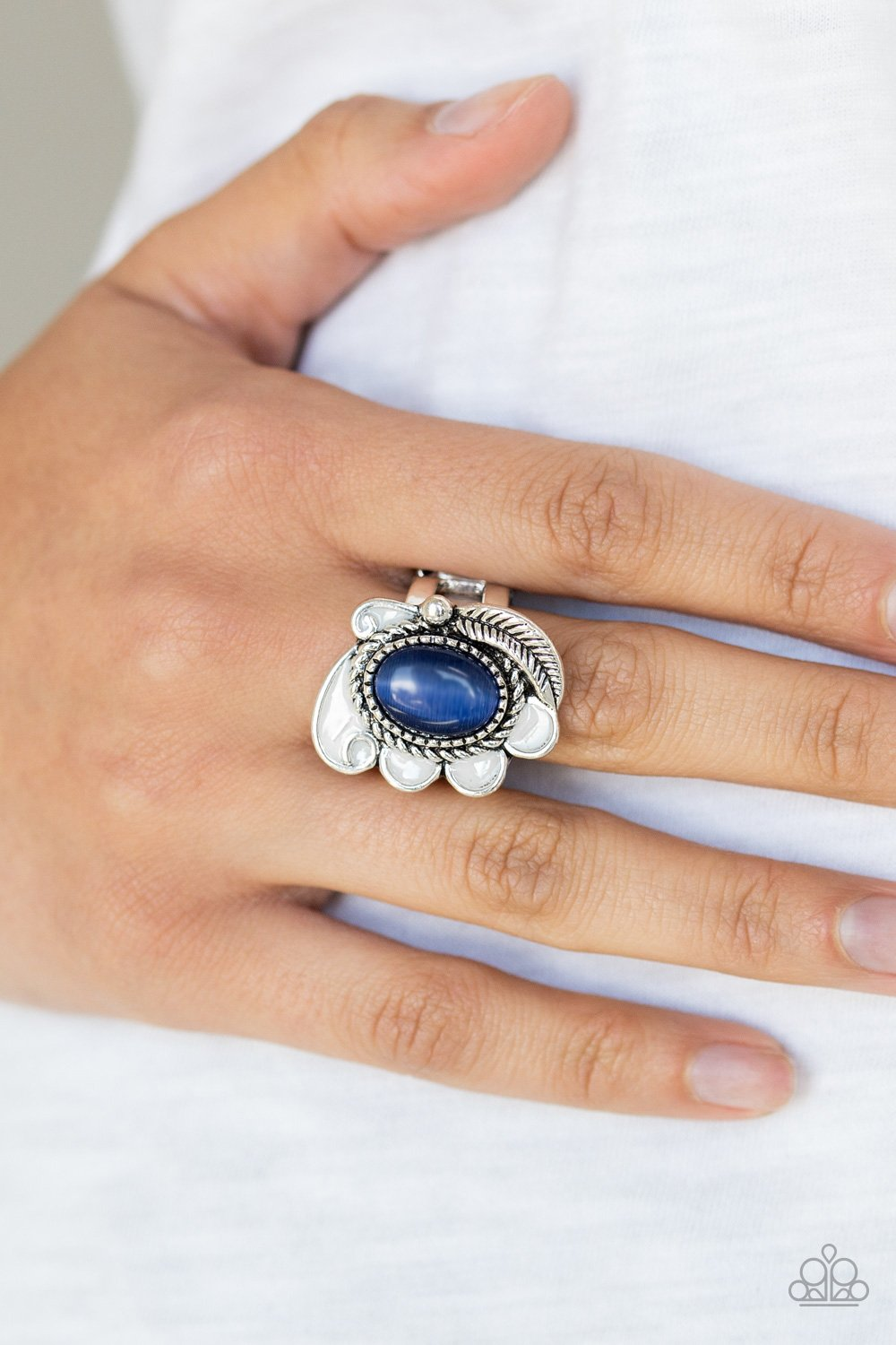Fairytale Magic-blue-Paparazzi ring