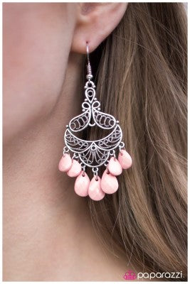 Flamenco Flavor - Paparazzi earrings