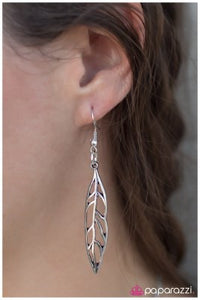 Flight Risk - Paparazzi earrings