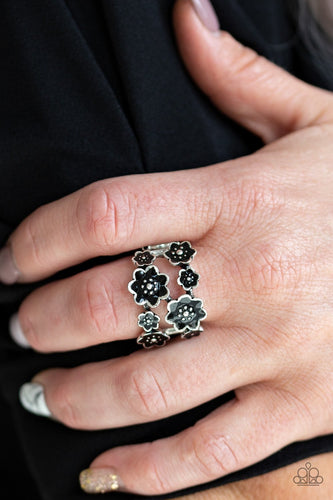 Floral Crowns-black-Paparazzi ring