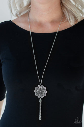 From Sunup to Sundown-silver-Paparazzi necklace