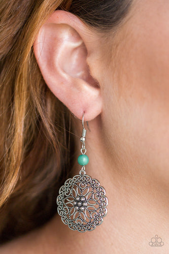 Full Floral - green - Paparazzi earrings