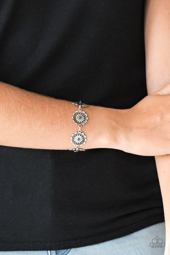 Funky Flower Child - silver - Paprazzi bracelet
