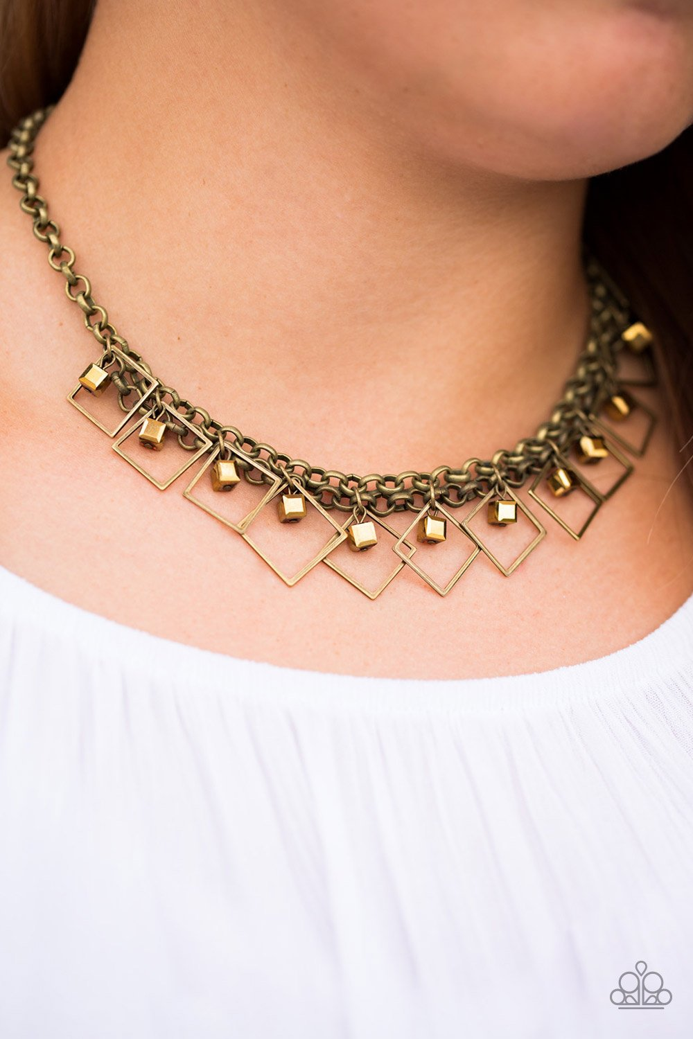 GEO-down in History-brass-Paparazzi necklace