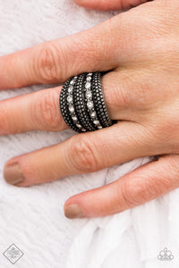 Girl Fight-silver-Paparazzi ring
