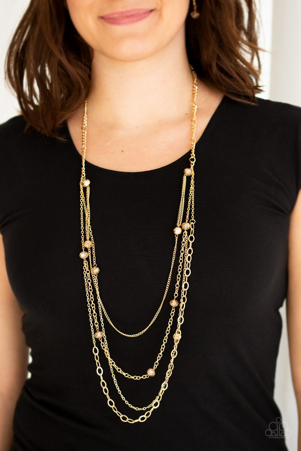 Glamour Grotto - gold - Paparazzi necklace