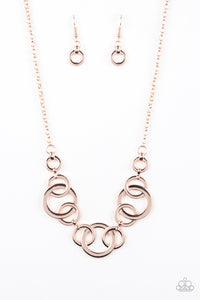Going in Circles - rose gold - Paparazzi necklace