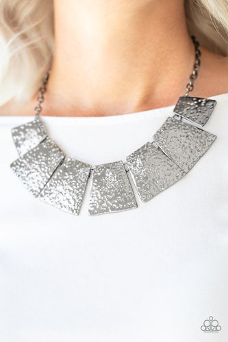Here Comes the Huntress - silver - Paparazzi necklace