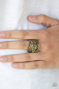Hibiscus Highland - brass - Paparazzi ring