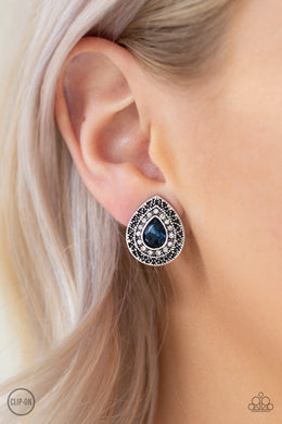 High Class Celebrity - blue - Paparazzi CLIP ON earrings