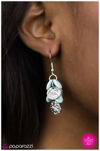 I like to Move It - Paparazzi earrings