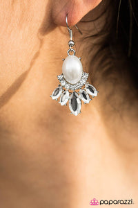 International Idol - White - Paparazzi earrings