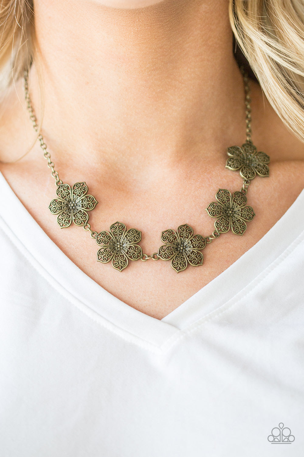 Island Maven - brass - Paparazzi necklace