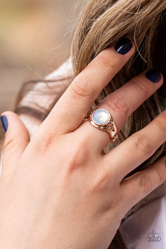 It Just Goes to GLOW-rose gold-Paparazzi ring