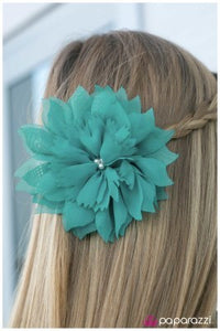 Jane Doe - blue - Paparazzi hair clip