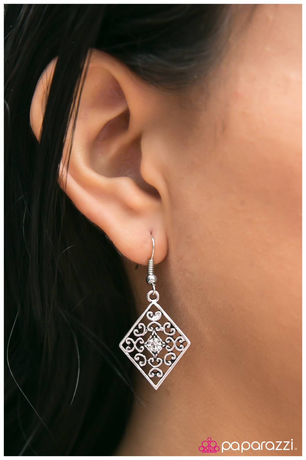 Late Night Rendezvous - white - Paparazzi earrings