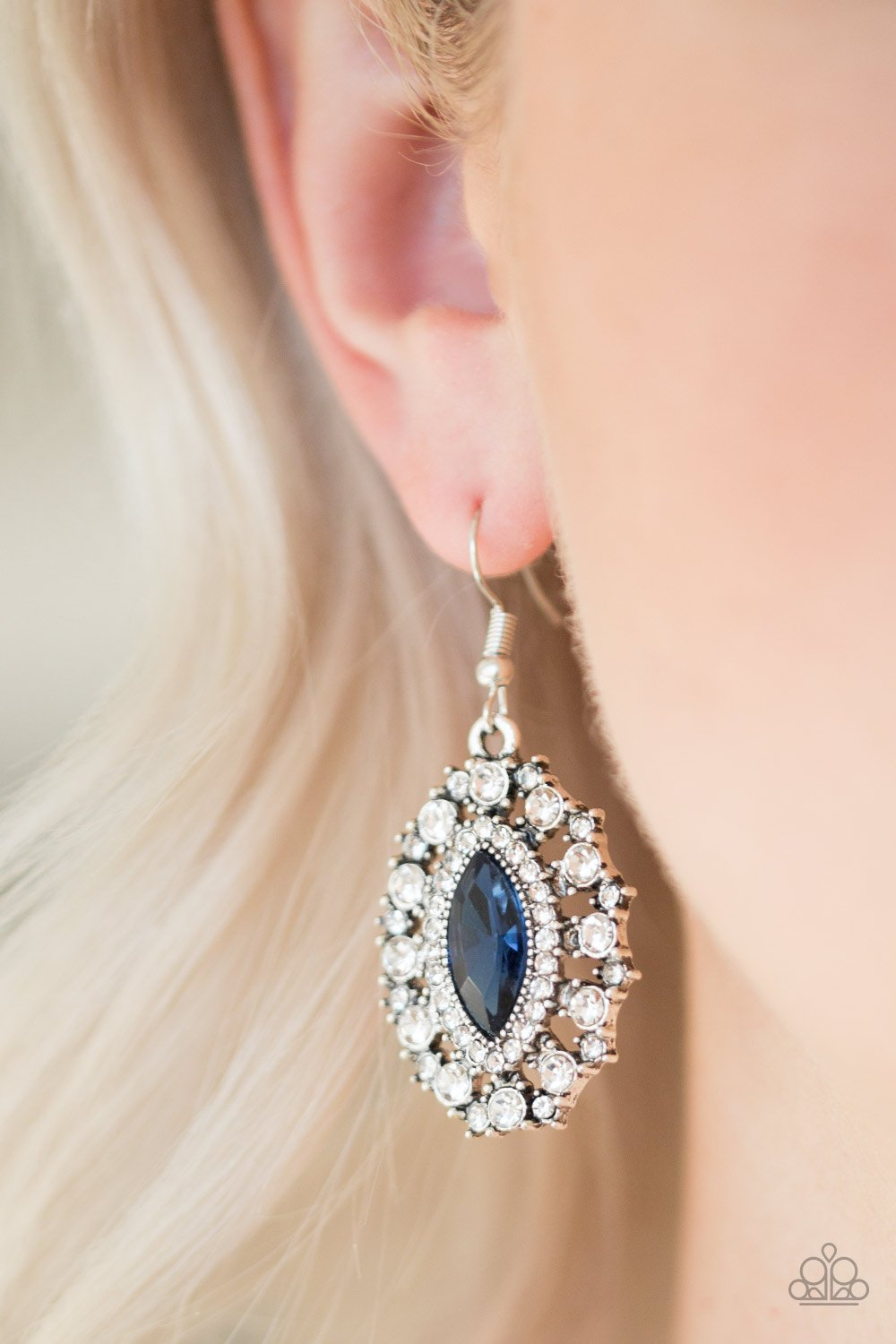 Long May She Reign-blue-Paparazzi earrings