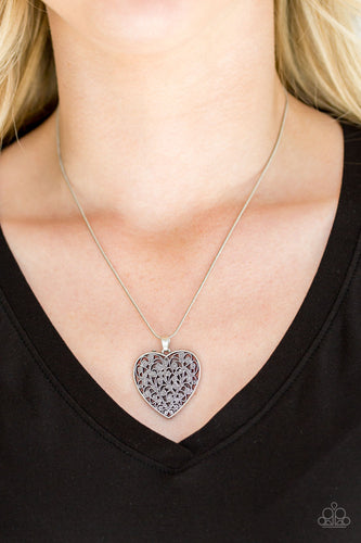 Look Into Your Heart - silver - Paparazzi necklace