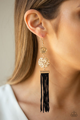 Lotus Gardens - gold - Paparazzi earrings