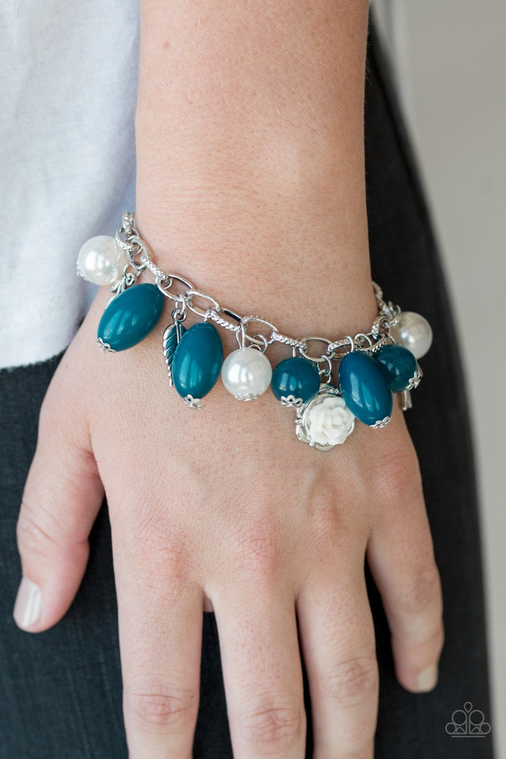 Love Doves - blue - Paparazzi bracelet