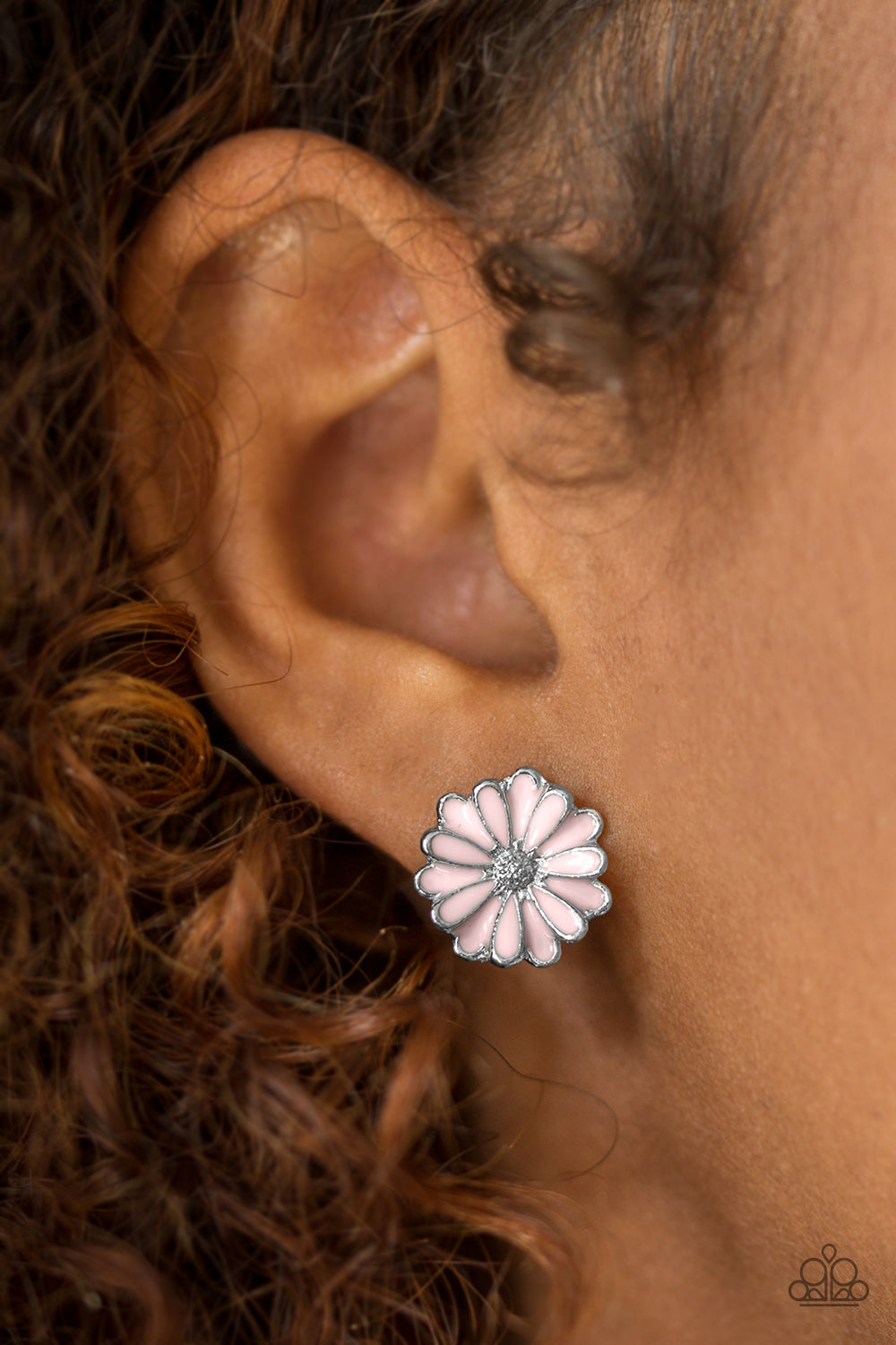Magnificent Magnolia - pink - Paparazzi earrings