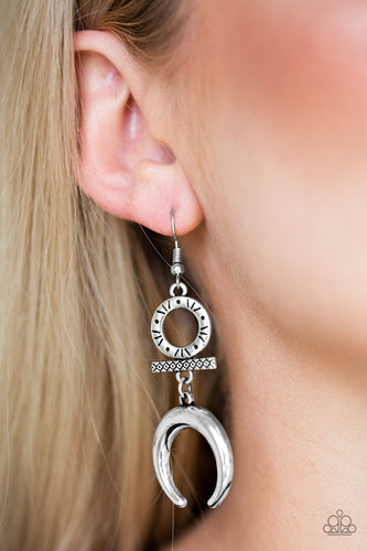 Majestically Moon Child - silver - Paparazzi earrings