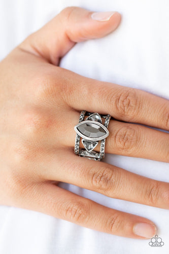 Major Majestic-silver-Paparazzi ring
