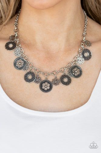 Meadow Masquerade - silver - Paparazzi necklace