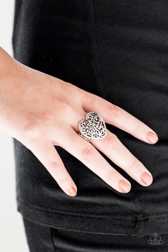 Meet Your MATCHMAKER - silver - Paparazzi ring