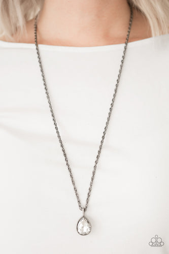 Million Dollar Drop - black - Paparazzi necklace