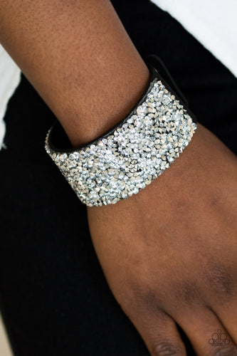 More Bang for your Buck - black - Paparazzi bracelet