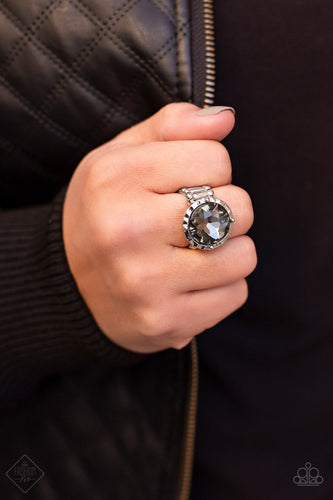 More or SHAMELESS-silver-Paparazzi ring