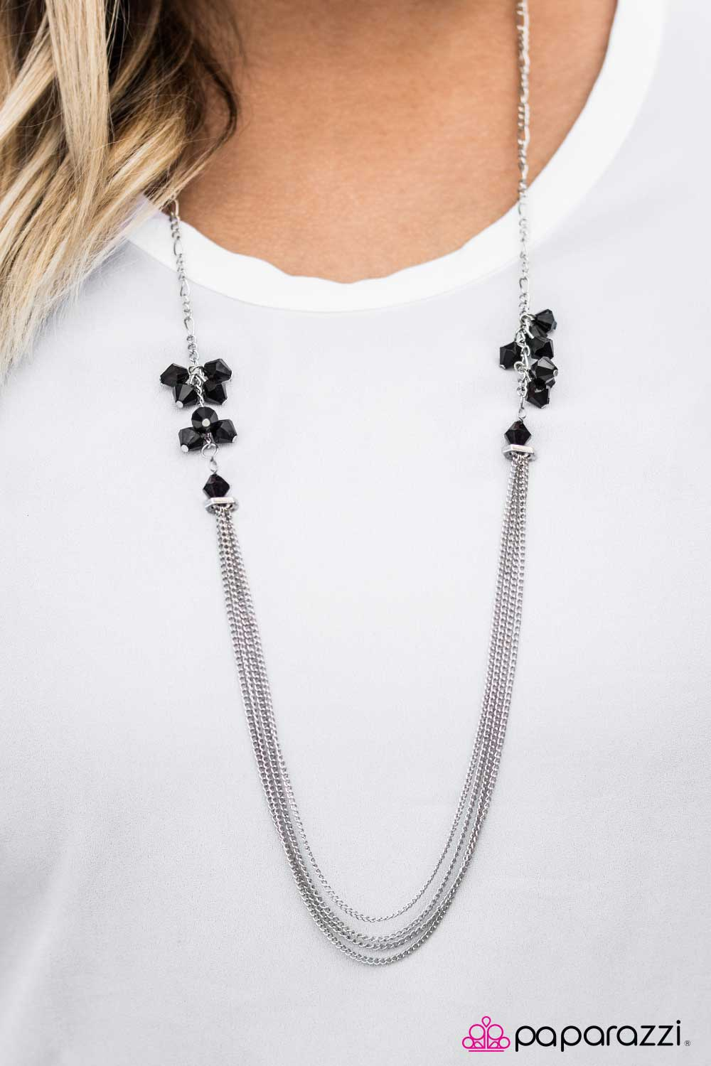 Movin and Groovin - Black - Paparazzi necklace