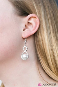 Musical Muse - Paparazzi earrings