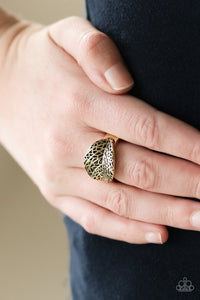 Never LEAF Me-brass-Paparazzi ring