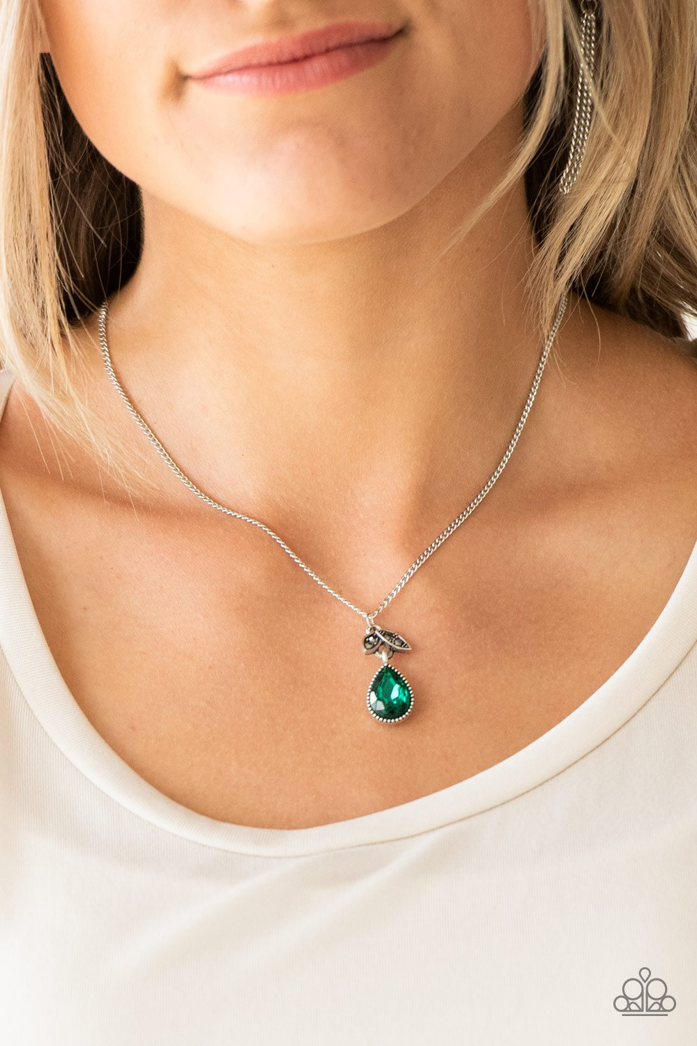 Nice to Meet You - green - Paparazzi necklace