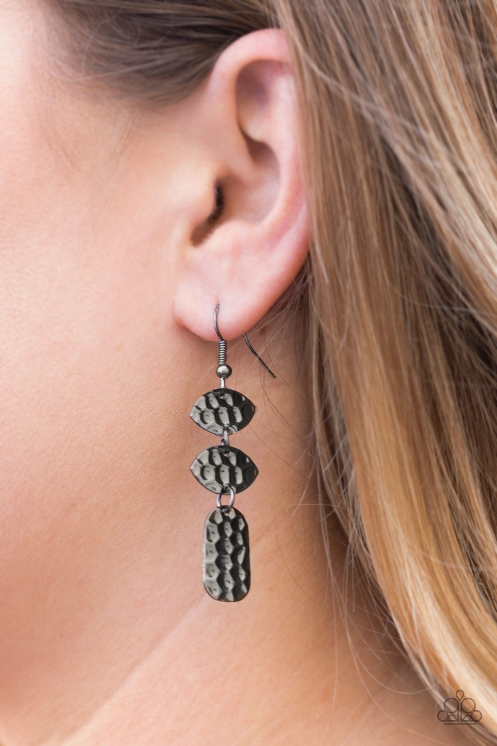 Nine to Hive-black-Paparazzi earrings
