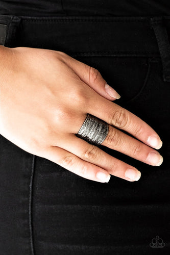 Paleo Patterns - black - Paparazzi ring