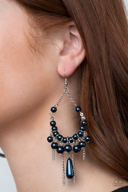 Party Planner Posh - blue - Paparazzi earrings