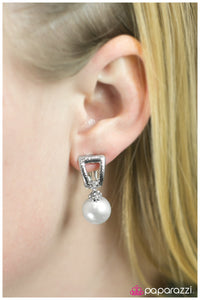 Pearls and Tiaras - Paparazzi clip-on earrings