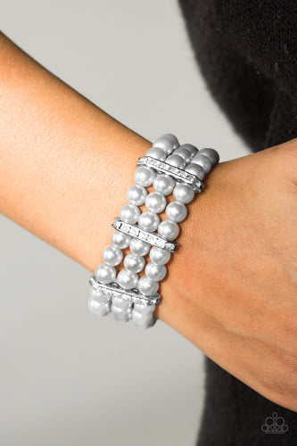 Put On Your GLAM Face - silver - Paparazzi bracelet