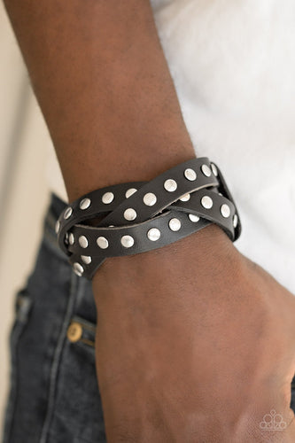 Race and Rally - black - Paparazzi bracelet