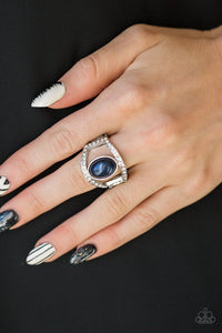 Radiating Riches - blue - Paparazzi ring