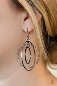 Rippling Radiance - black - Paparazzi earrings