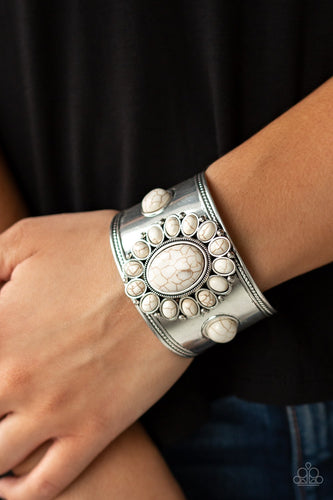 Room To Roam-white-Paparazzi bracelet