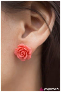Rose Garden - Paparazzi earrings