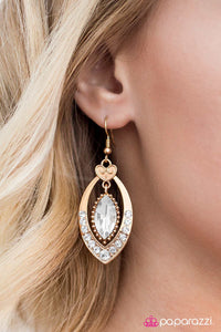 Royal Honeymoon - Paparazzi earrings