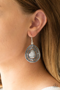 Royal Squad - silver - Paparazzi earrings