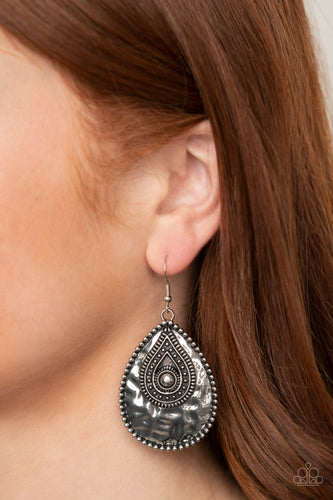 Rural Muse - silver - Paparazzi earrings