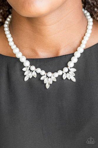 Society Socialite - white - Paparazzi necklace